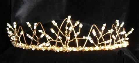 Fine gold crown effect designed with tiny ivory & gold glass seed beads